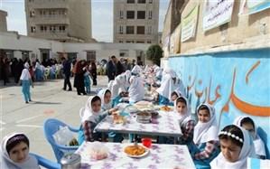 جشنواره غذای سالم در دبستان ابتدایی شهید منصوری شهرستان خرم آباد برگزار شد