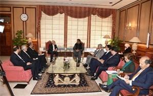 دیدار ظریف با نخست وزیر پاکستان + تصویر