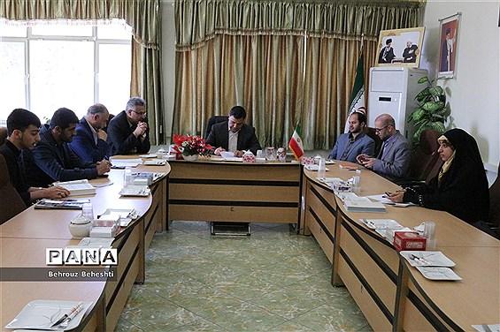 اولین جلسه ستاد استانی نهمین دوره انتخابات مجلس دانش آموزی در سمنان برگزار شد
