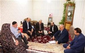 استاندار قزوین با 2 خانواده شهید دیدار کرد