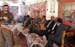 برپایی نمایشگاه نوروزی عطر یاس در حرم امام خمینی( ره)