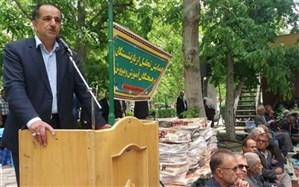 تجلیل از 460 فرهنگی بازنشسته ومعلمین نمونه شهرستان سامان
