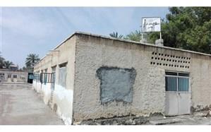 وجود بیش از 120 مدرسه تخریبی در میناب