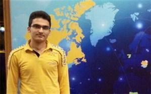 درخشش نشان طلای المپیاد ریاضی کشور بر گردن دانش آموز ملاردی